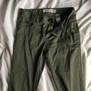 JOE FRESH army green capri 3/4 lenght